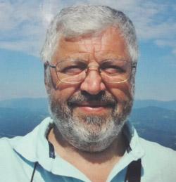 Alberto Contessi, biologo